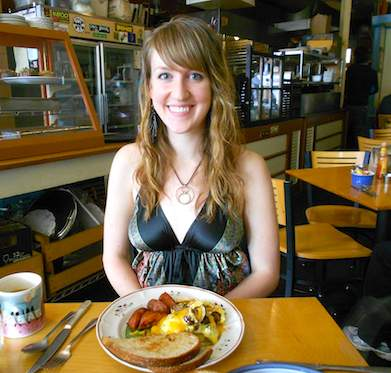 Breakfast with Strangers - Hannah in Portland