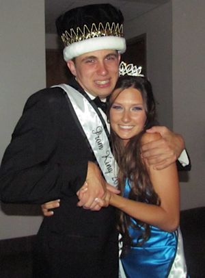 Prom King Scotty Shavers w Katie Buell - family photo