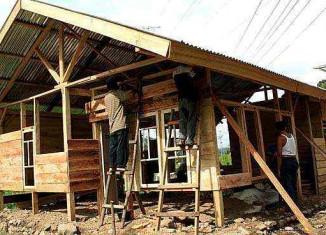 earthquake housing-Catholic Relief Services-by-Josephine Wijiastuti