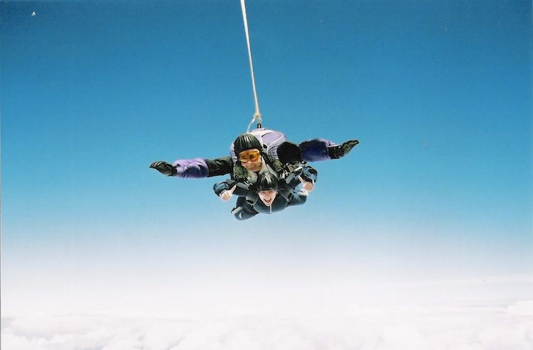 sky diving-Photo-by-alwaysmnky-CC