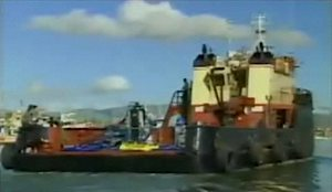 oil-separating-costner-barge.jpg