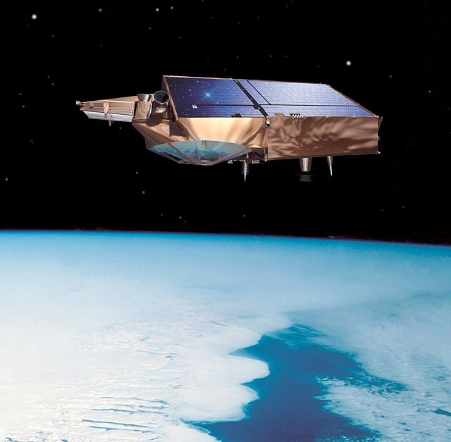 640px-Cryosat_br_front_H