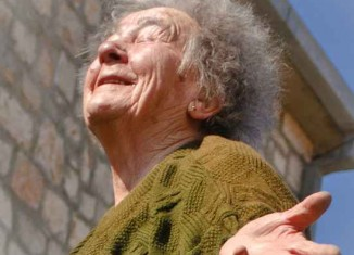 Elderly Croatia looking up-KatinkaBille-FlickrCC