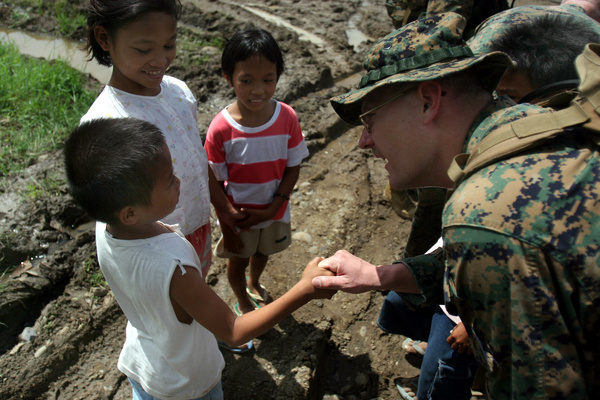 Marine with Philippine kids