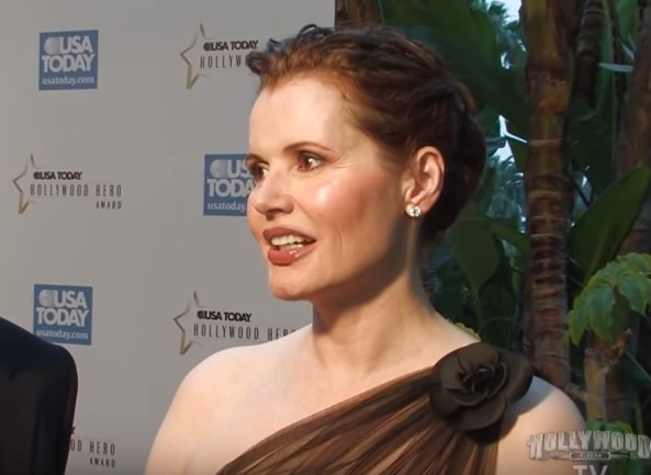 geena-davis-hollywood hero award-youtube-hollywood tv