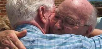 old-men-embrace