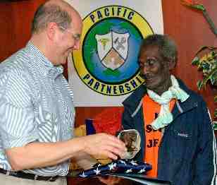 JFK rescuer honored