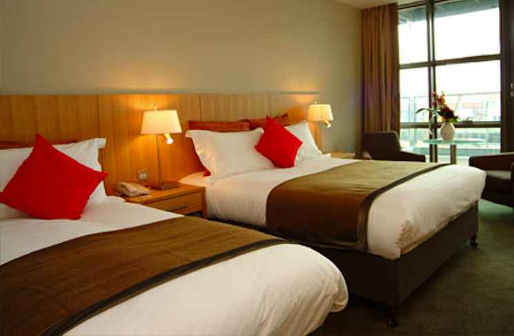 hotelroom-cu