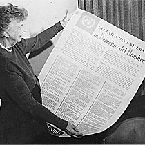 eleanor-roosevelt-w-declaration.jpg