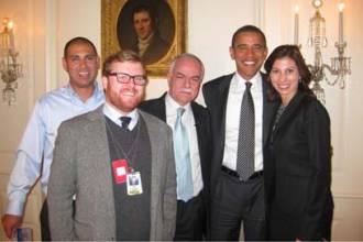 obama-w-arab-tv-crew.jpg