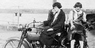 motorcycle-1924-w-ladies.jpg