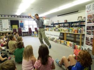 reading-to-classroom-clif.jpg