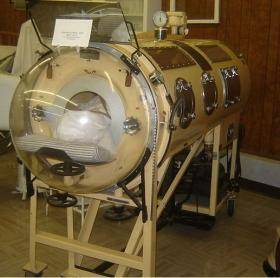 iron-lung.jpg
