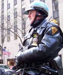 nyc-cop.jpg