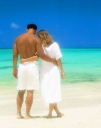 beach-couple-wander.jpg
