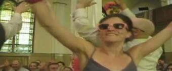 dancing-wedding-aisle2.jpg