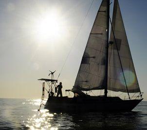sail-boat-silouette-intrepid.jpg