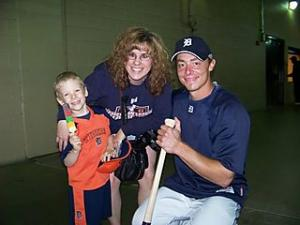 brandon-inge-with-cancer-boy.jpg