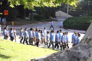 ucla-freshman-volunteers.jpg