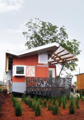 float-house-morphosis.jpg
