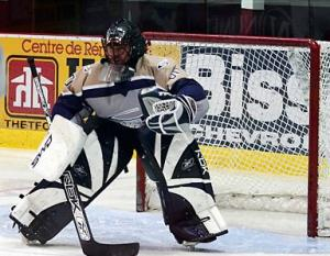 hockey-senior-goalie-cc-hugo-royer.jpg