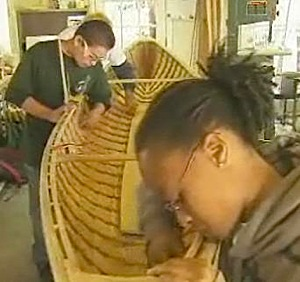 boat-building-juviees.jpg