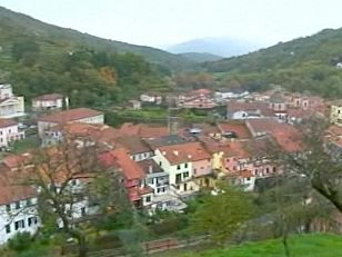italian-village-varese-ligure.jpg
