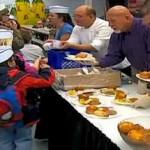 vegas-chefs-serve-kids.jpg
