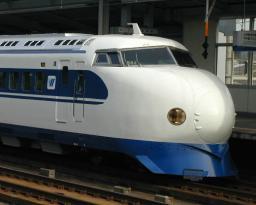 shinkansen-gnu-fukuyama.jpg