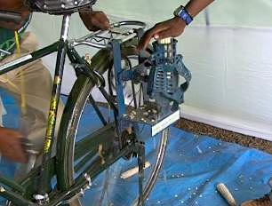 bicycle-corn-shelling-machine.jpg