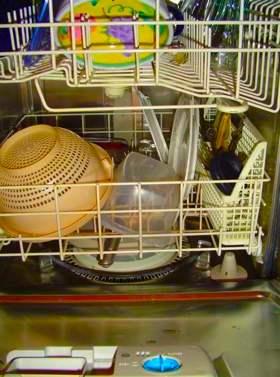 dishwasher-morguefile-vilhelm.jpg