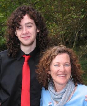 jack-mom-homecming.jpg