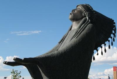 native-american-sculpture-alb.jpg