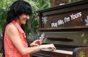 street-piano-sing-for-hope-photo.jpg