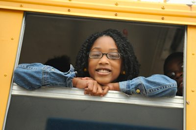 student-glasses-bus-onesight-photo.jpg