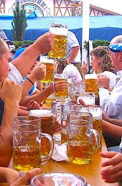 Munich toast, by senator86 -GNU-license