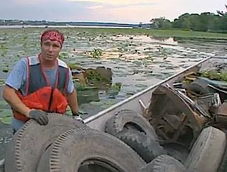 river trash man, Chad Pregracke