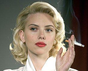 Scarlett Johansson smokes in Black Dahlia, 2007