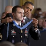 Obama presents Medal of Honor to a soldier