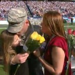 soldier surprises family at Titans game
