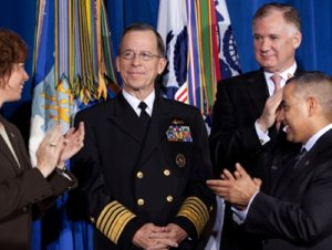 Joint Chiefs head, Admiral Mullen, at WH cerremony