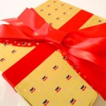 gift-yellow-redbow-cohdra-morguefile