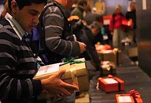 gifts enter baggage conveyor belt at Spanair