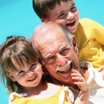 grandkids-in-yellow-w-gramps