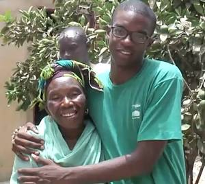 Global Citizen Year volunteer with local woman he calls 'mom'.