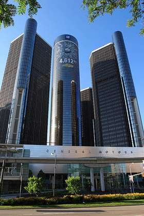 GM headquarters in Detroit by James Marvin Phelps, CC