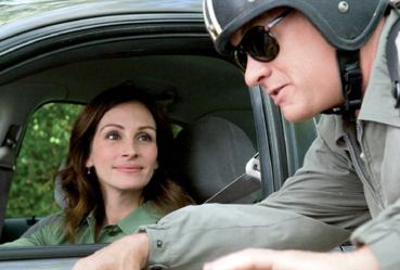 Larry Crowne film features Tom Hanks and Julia Roberts