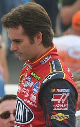 Jeff Gordon in 2007, by Kim Phillips -CC license