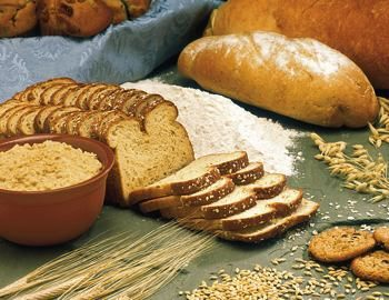 breads and whole grains - Wikimedia-commons photo