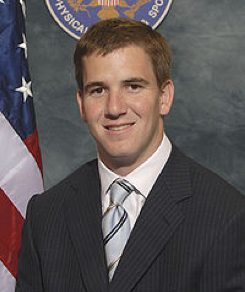 Eli Manning with the President's Physical Fitness Award